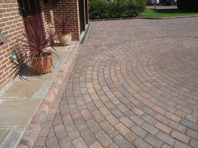 concentric bricks patio