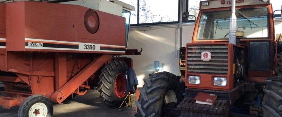 deposito di macchine per l'agricoltura