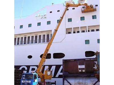 Interventi in cantieri navali