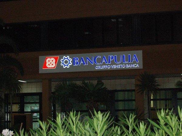 insegna Banca Apulia