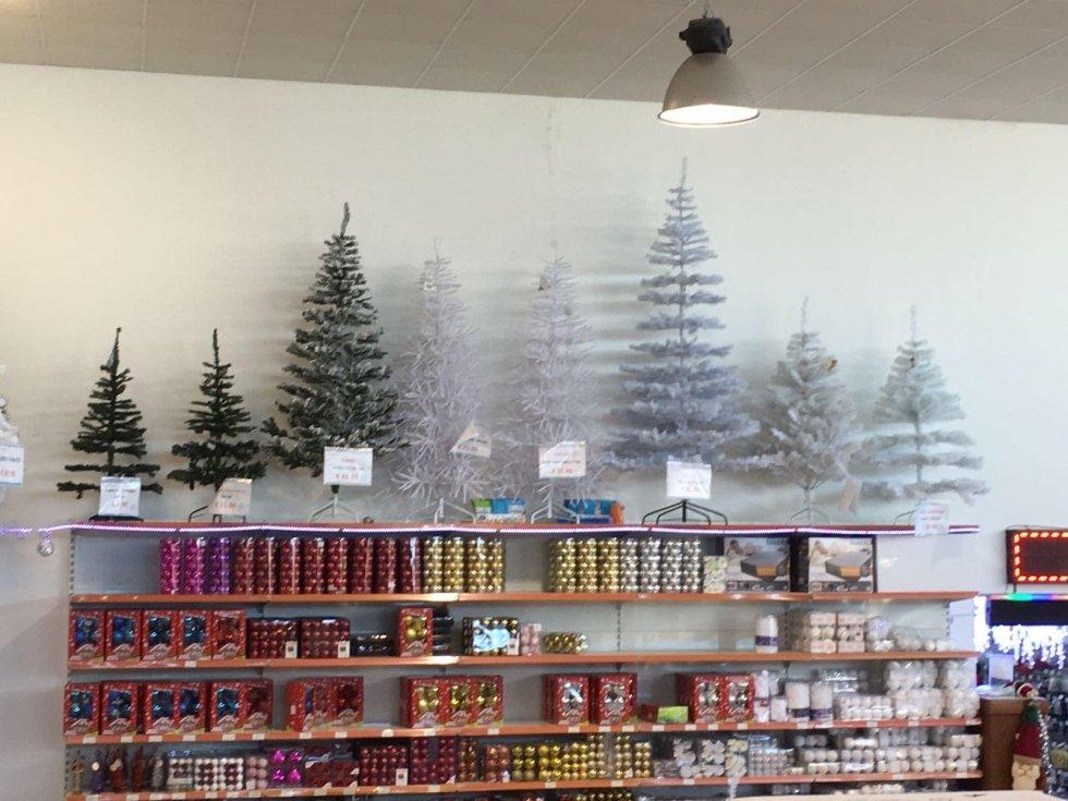 Alberi e addobbi natalizi
