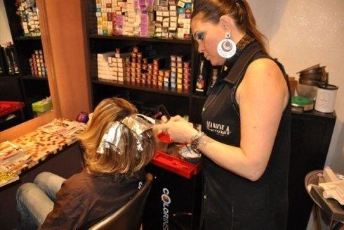 Trattamento per capelli colorati