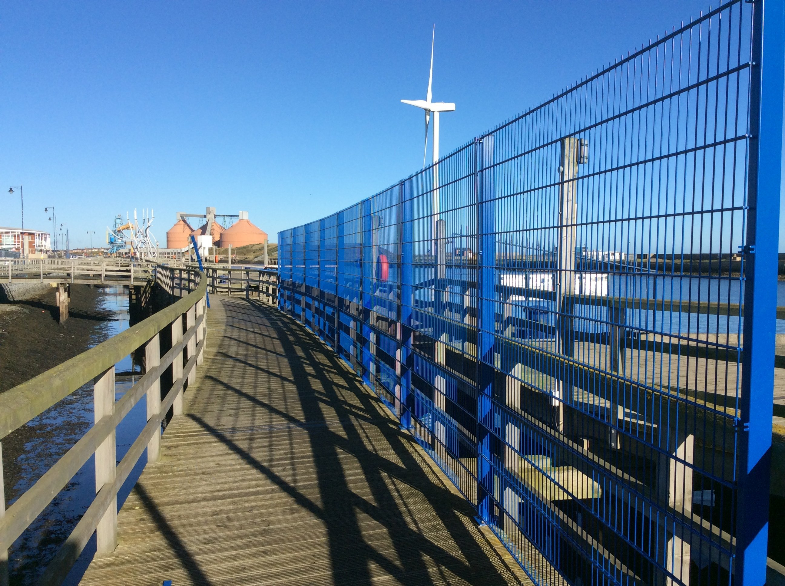 Mesh fencing Blyth harbour tall ships 2