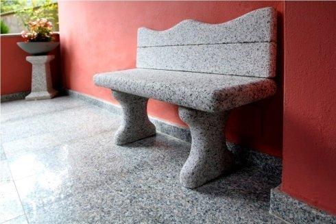 Panchina in granito
