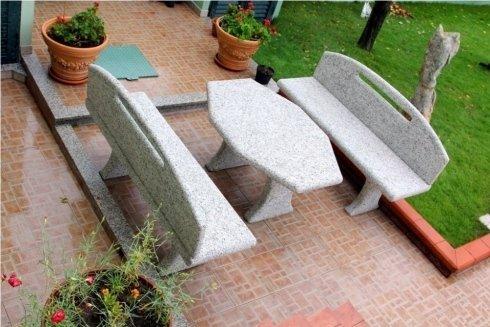 Arredi in granito su misura per giardino