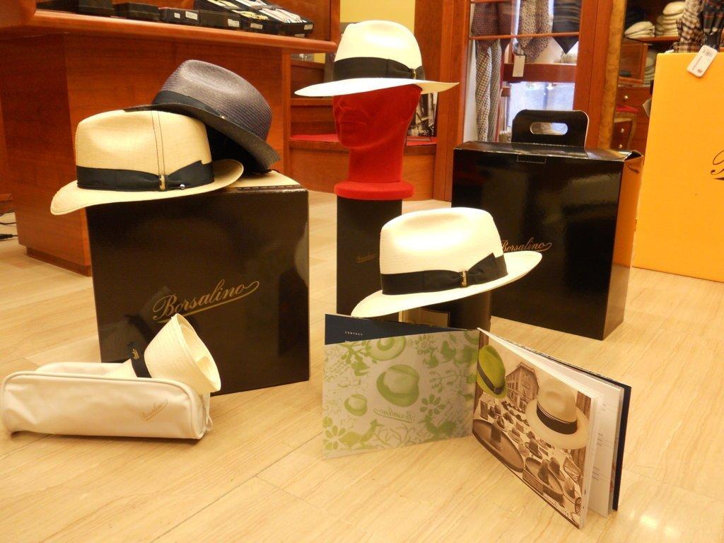 cappelli in lino