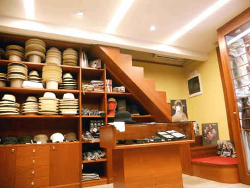 Avete sempre desiderato indossare un cappello Panama? Acquistatelo da Tiburli.