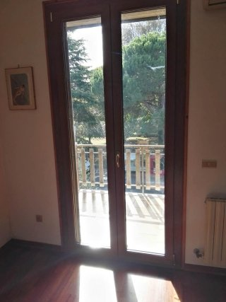 Infissi in pvc ravenna infissi adriatica - Porta finestra in legno ...