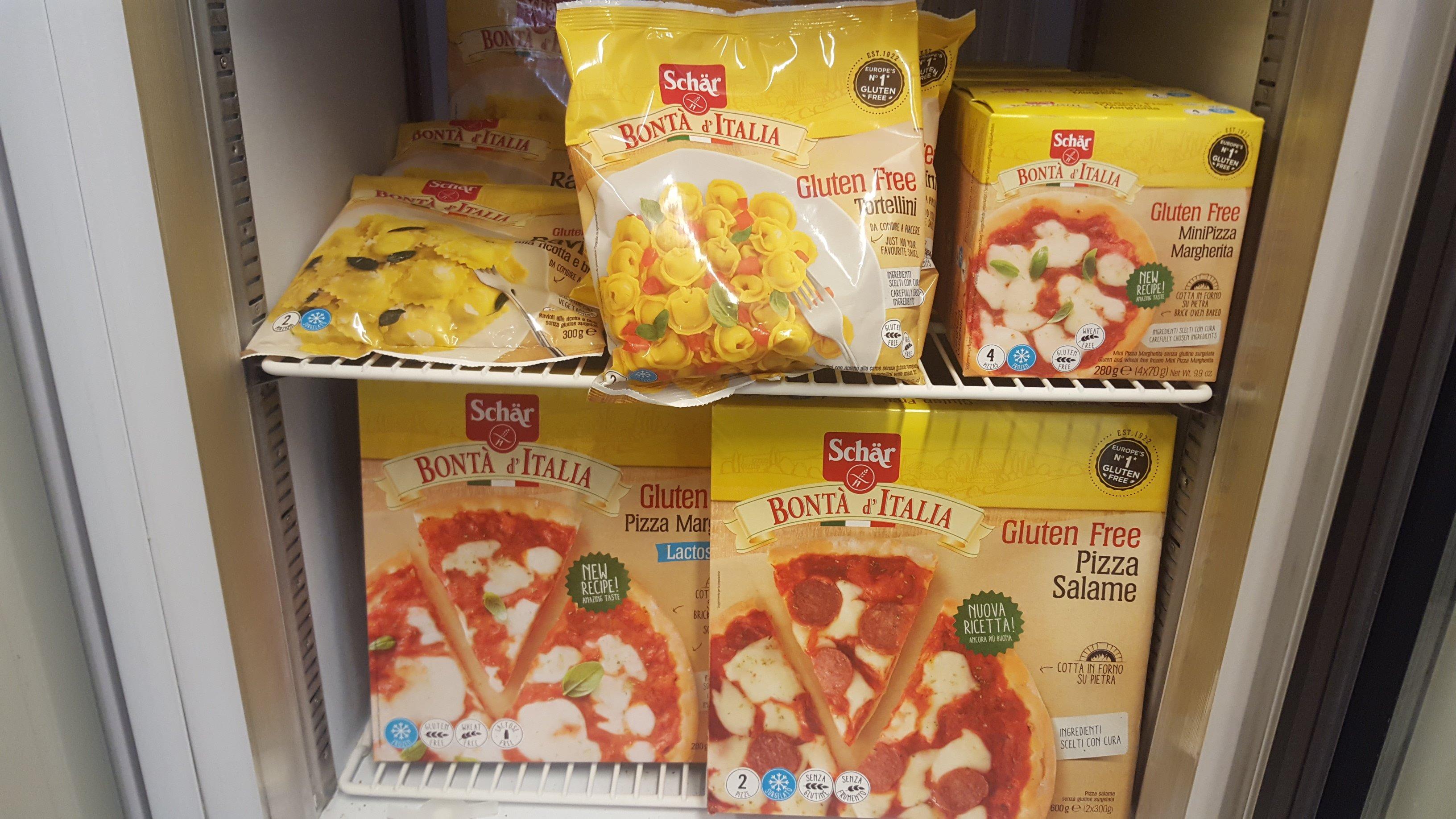 delle confezioni di pizza senza glutine