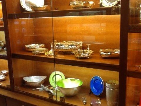 argento, oggetti di valore, vassoi