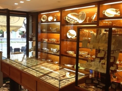 esposizione gioielli, anelli di valore, gioielli di valore
