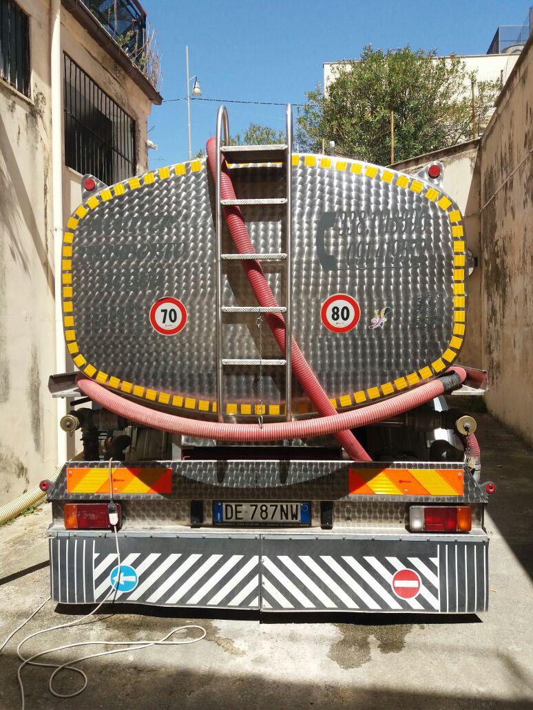Cisterne per acqua potabile monreale palermo moviter for Pulizie domestiche palermo