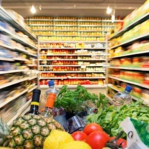 Vista del supermercato dal carrello