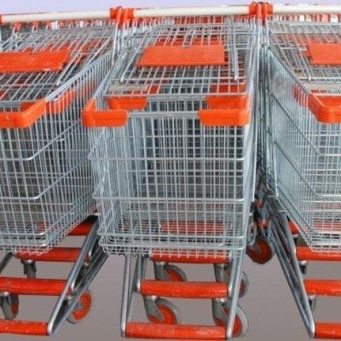 Primo piano  dei carri dell'acquisto