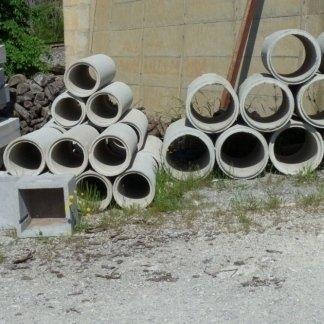 Tubi in cemento di varie misure