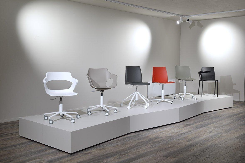 Esposizione mobili di design treviso pizetaci design for Sedie design treviso