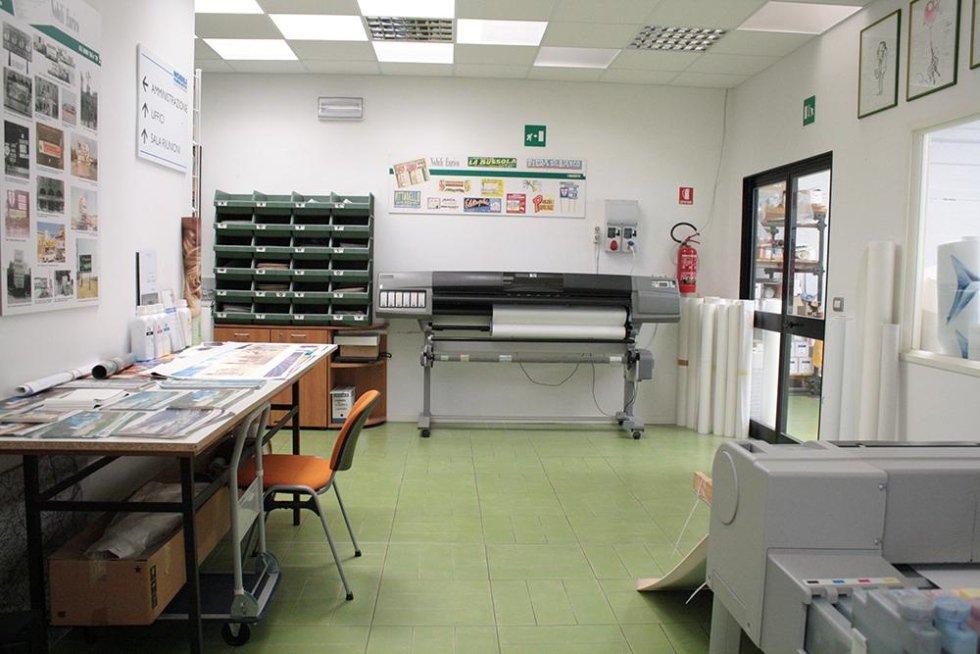 officina stampaggio manifesti