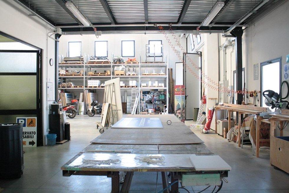 interno di una falegnameria
