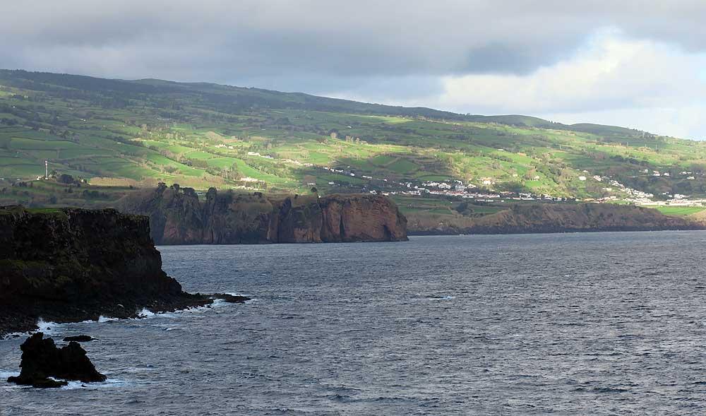 Azores bike tour cliffs