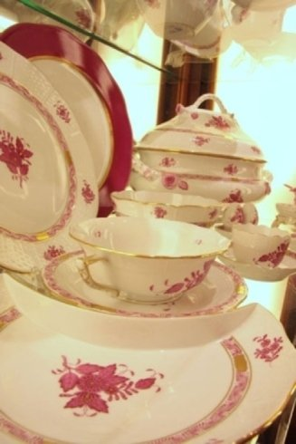 set piatti fiori rosa