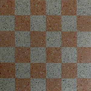 pavimento di colore arancione e grigio a scacchi