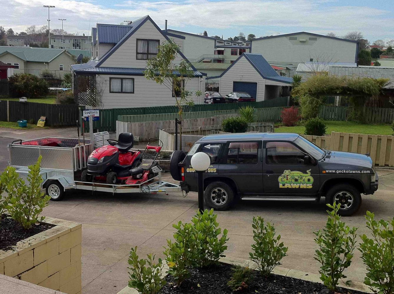 For a friendly and reliable lawn service in Hamilton