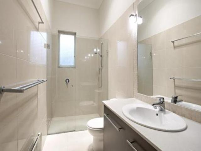 En Suite Bathrooms For Small: The Benefits Of Ensuite Bathrooms