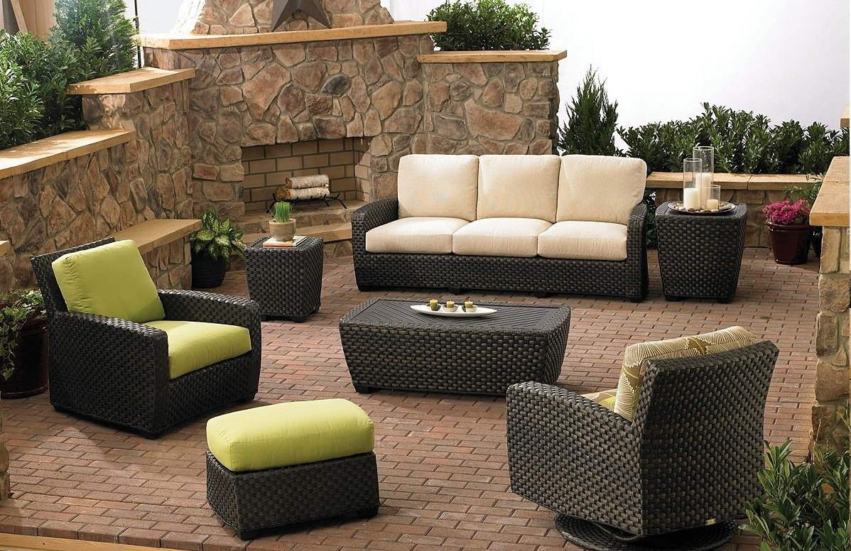 Avoid costly pitfalls when choosing outdoor furniture
