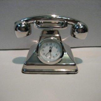 Piccolo orologio da tavolo