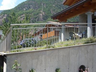 made-to-measure railings