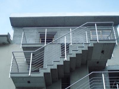 outdoor staircase railings