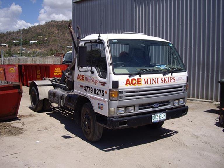 Ace Mini Skips mini truck side