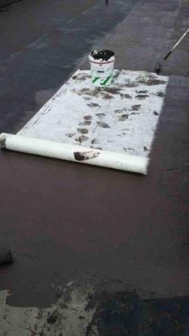stesura guaina bituminosa impermeabilizzante con armatura in fibra