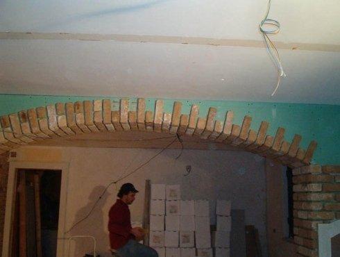 centina arco in cartongesso con mattoncini