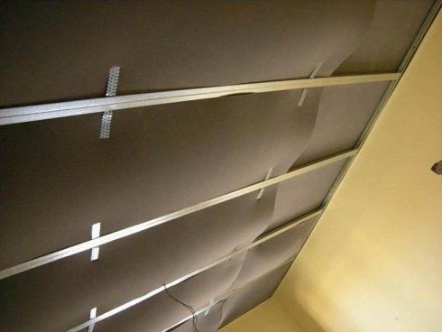 posa pannelli fonoassorbenti a soffitto