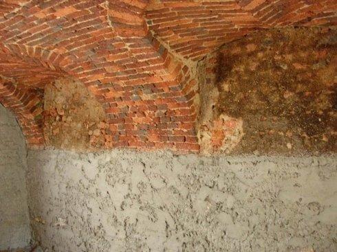 rinzaffo su muri in pietra