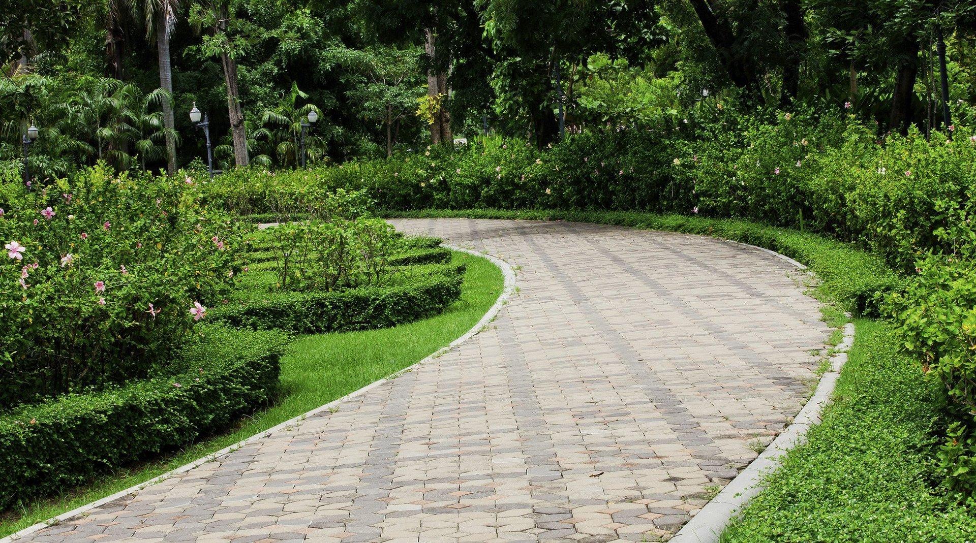 Garden driveway