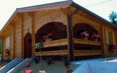 Abitazione con porticato prefabbricato