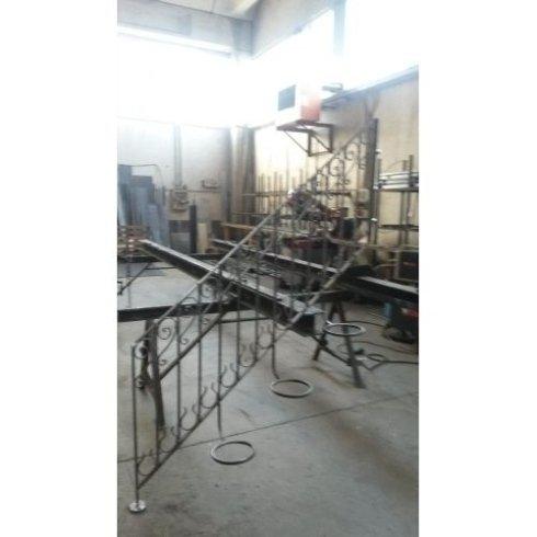 scale in ferro, ferro battuto, carpenteria