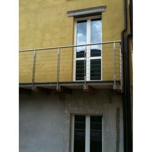 ringhiere di balconi, cancelli, cancelli in ferro