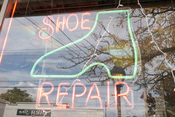 leather repair Suffolk County, NY