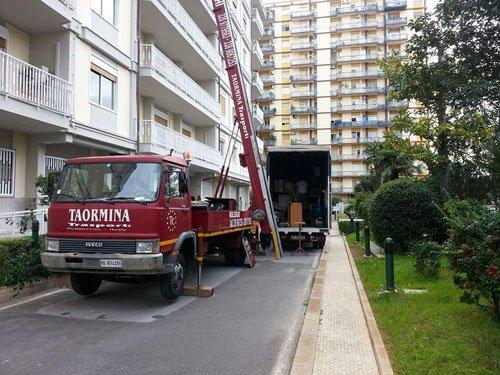 AUTOTRASPORTI E TRASLOCHI DI TAORMINA MARIO Palermo