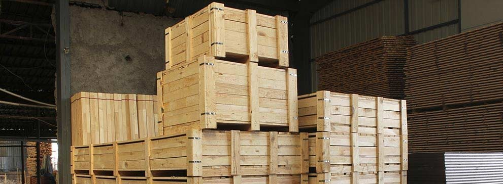 timber-plywood-boxes-pallets-hero