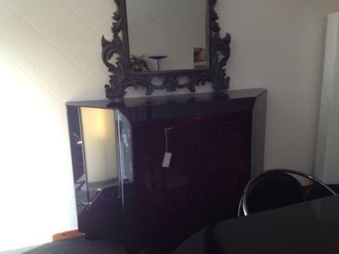 madia con frontali in radica, tavolo ovale nero lucido,  sedie in pelle e acciaio € 2500 scontato €  900
