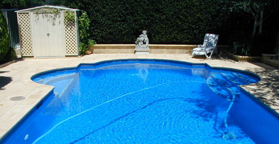 Pool Maintenance and Repairs Thornlie – Bright and Blue Pool ...