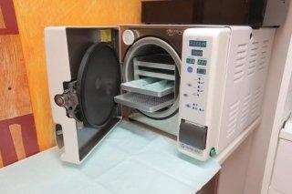 autoclave sterilizzazione strumenti pedicure manicure