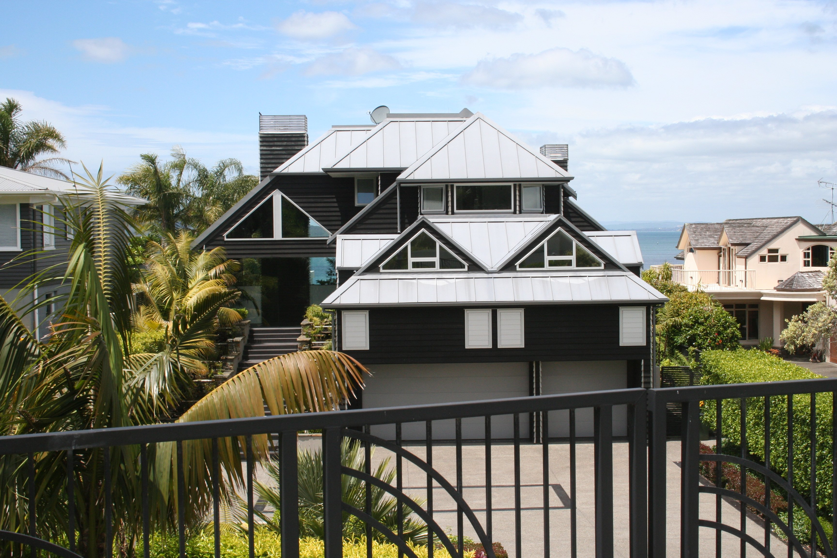 Beautiful residential architecture designed by Delamare Architects in Auckland