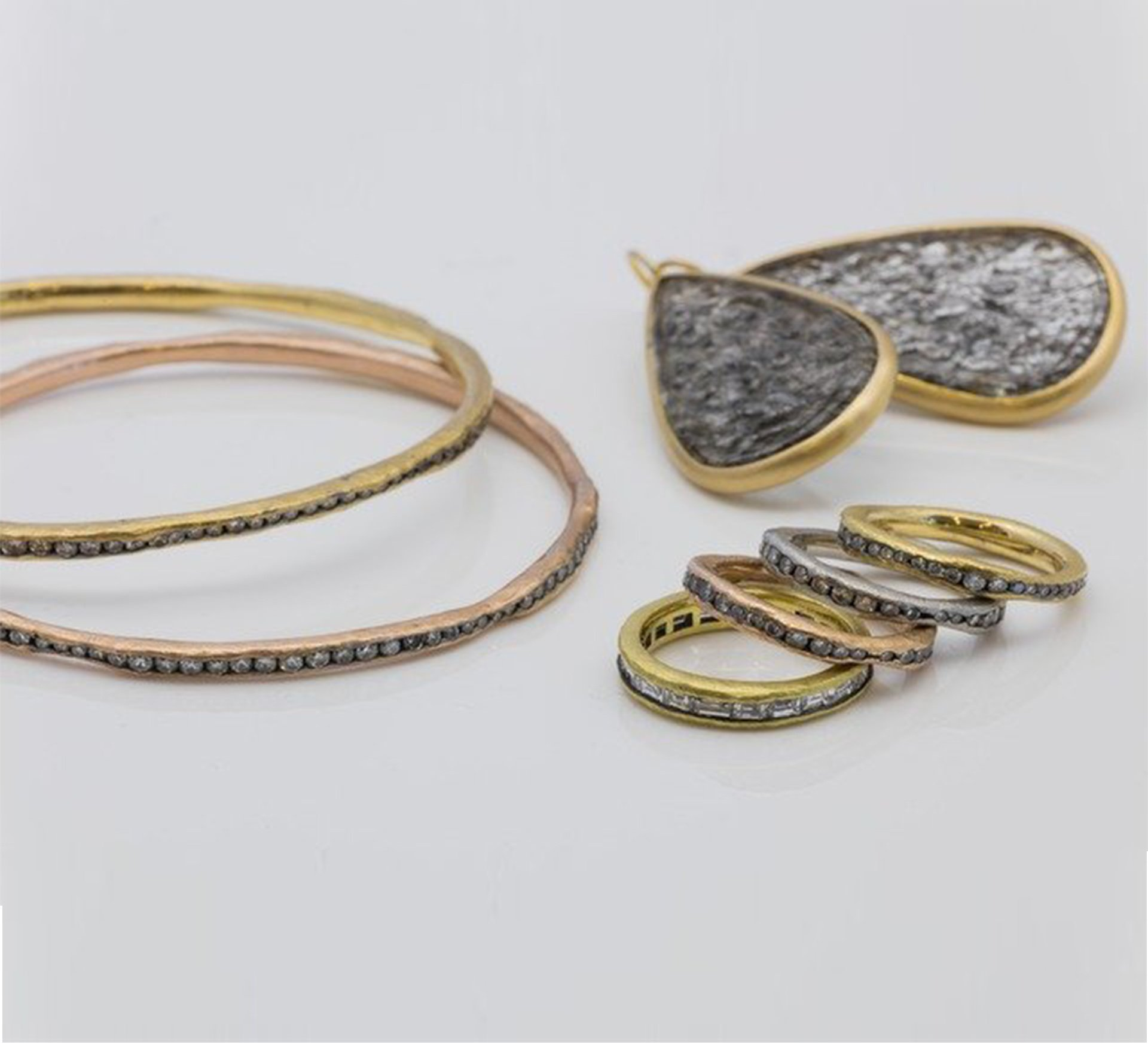 Mansoor Collection - accesories