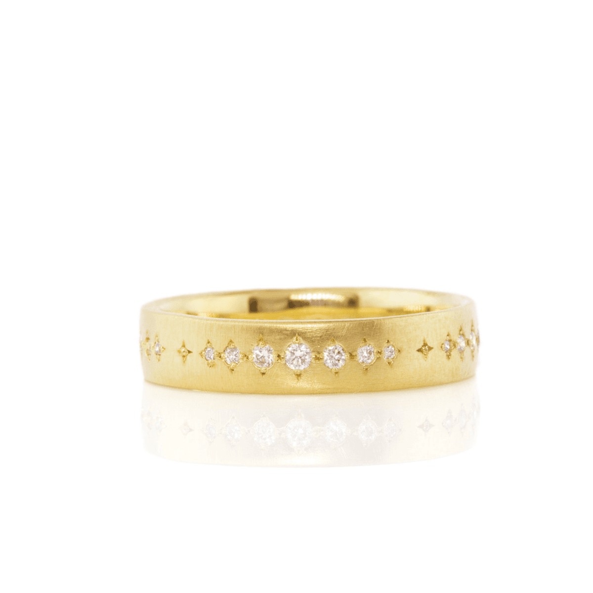 Daimonds in Gold Band - Adel Chefridi - Mansoor Jewelers
