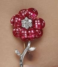 Rubies_diamond_Pin_Press_Mansoor-Fine-Jewelers